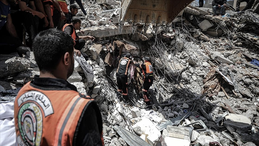 Gazze'deki sivil savunma teşkilatından 'ekipman ve kurtarma ekibi gönderin' çağrısı
