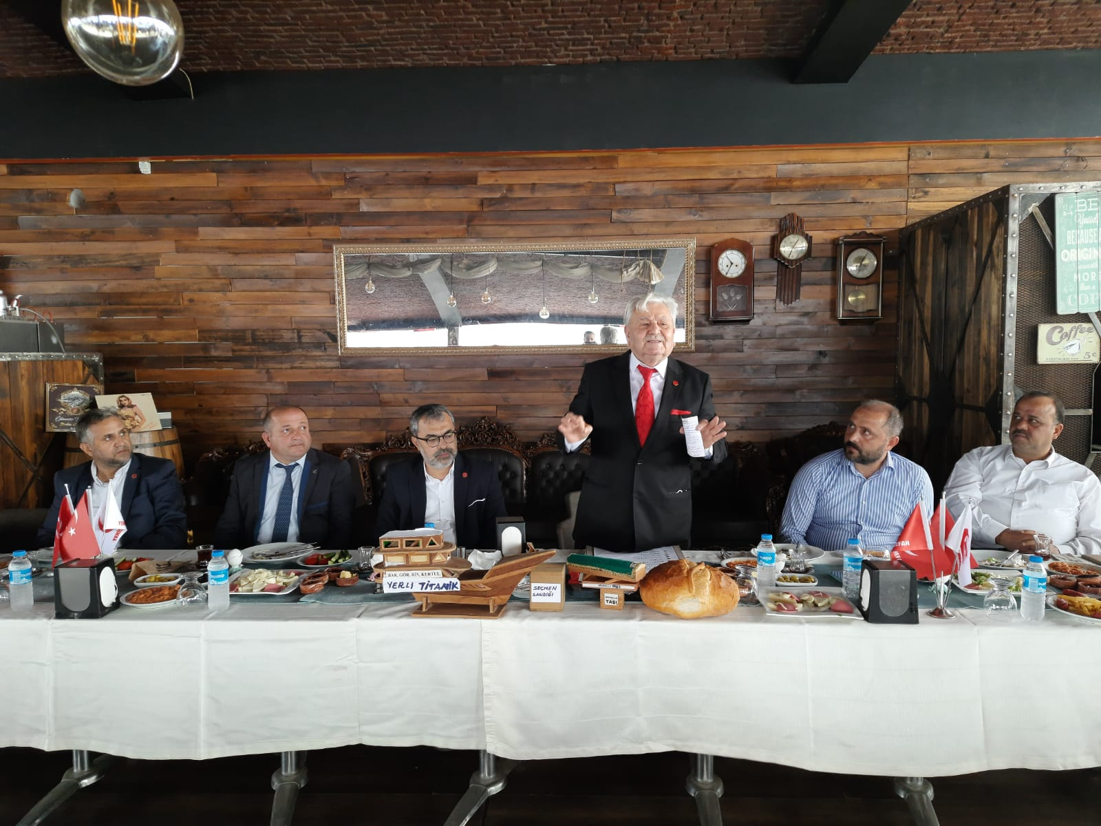 Yeniden Refah Partisi Başiskele İlçe Başkanı Tevfik Civelek Şov Yaptı